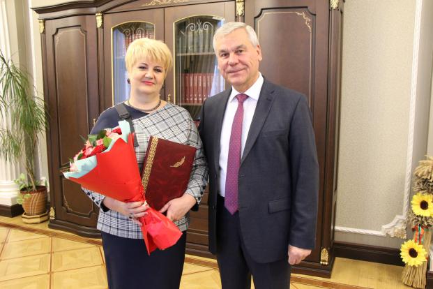 Председатель  Палаты представителей В.П.Андрейченко, поздравляет с Юбилеем.