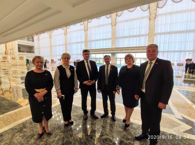 Во Дворце Независимости ( встреча с политическим активом страны )